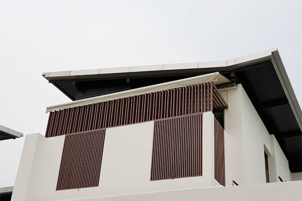 90-retractable-awnings39074CE0-9D51-2EF6-BEDB-4A5DCE73A6FE.jpg