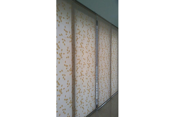 02-panel-solite-blinds2BA9F60C-D0A4-9EE4-7821-82FDC3C8BB4B.jpg