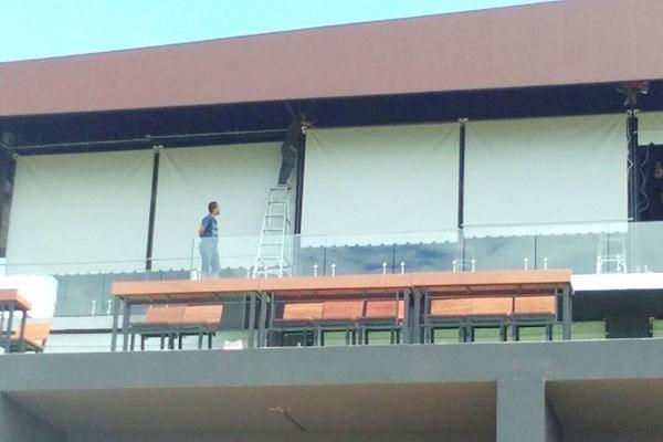 17-vertical-drop-awnings2E2BD3F1-92ED-03BF-70B2-67EFD05C188C.jpg