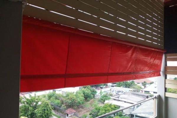 65-vertical-drop-awnings870B53A2-32E9-59E2-98A7-0BEE2D8EBACB.jpg