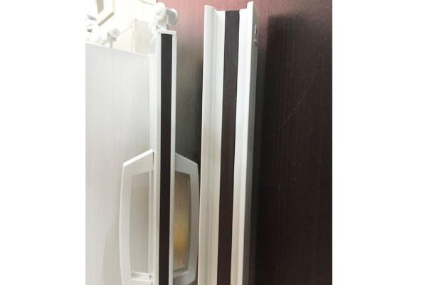 01-pvc-folding-doorCE208687-0A18-68A8-F76E-98CA074FB1B9.jpg