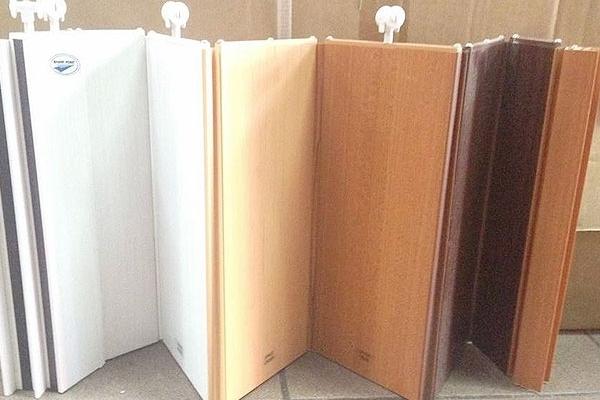 04-pvc-folding-door1E741434-87FC-77C4-5962-896351ECF4CF.jpg