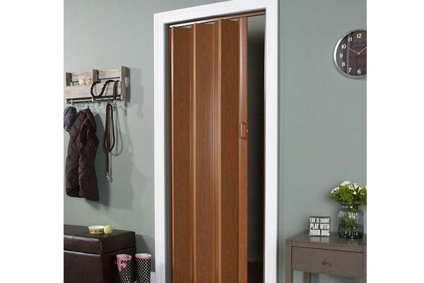07-pvc-folding-door3FFC37DB-F911-3177-AD73-C845B536E8C2.jpg