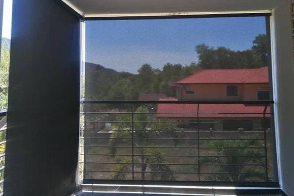 04-outdoor-roller-blinds1A0A6EC5-2813-6A22-3960-B2C6BF7EAB0D.jpg